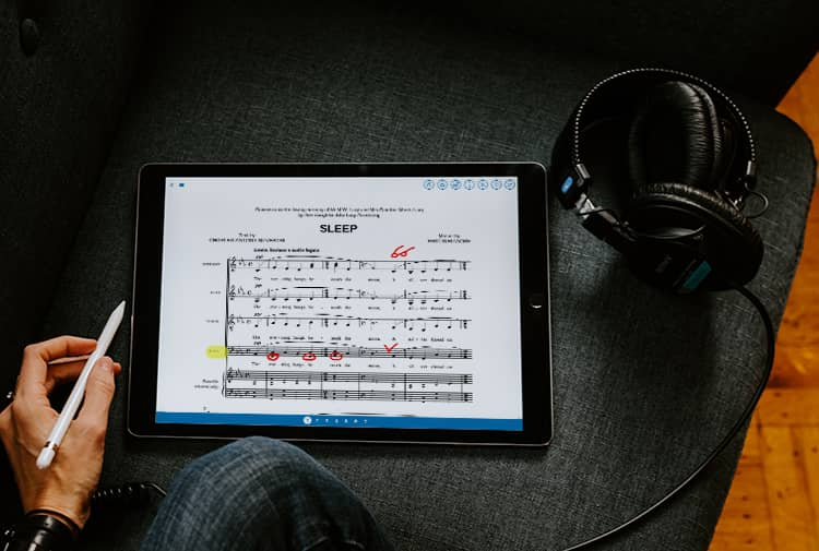 Musicnotes app on iPad Pro with annotation